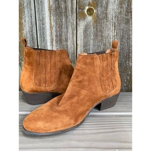 STEVE MADDEN genuine suede leather ankle booties